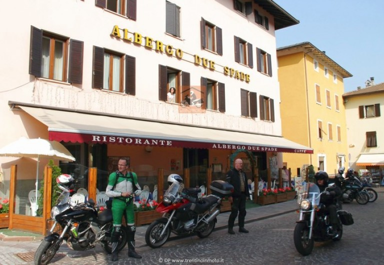 Motorbikers in Trentino - Tour Caldonazzo lake
